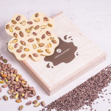 ChocoKleeblatt mit Pistazien und Blattgold